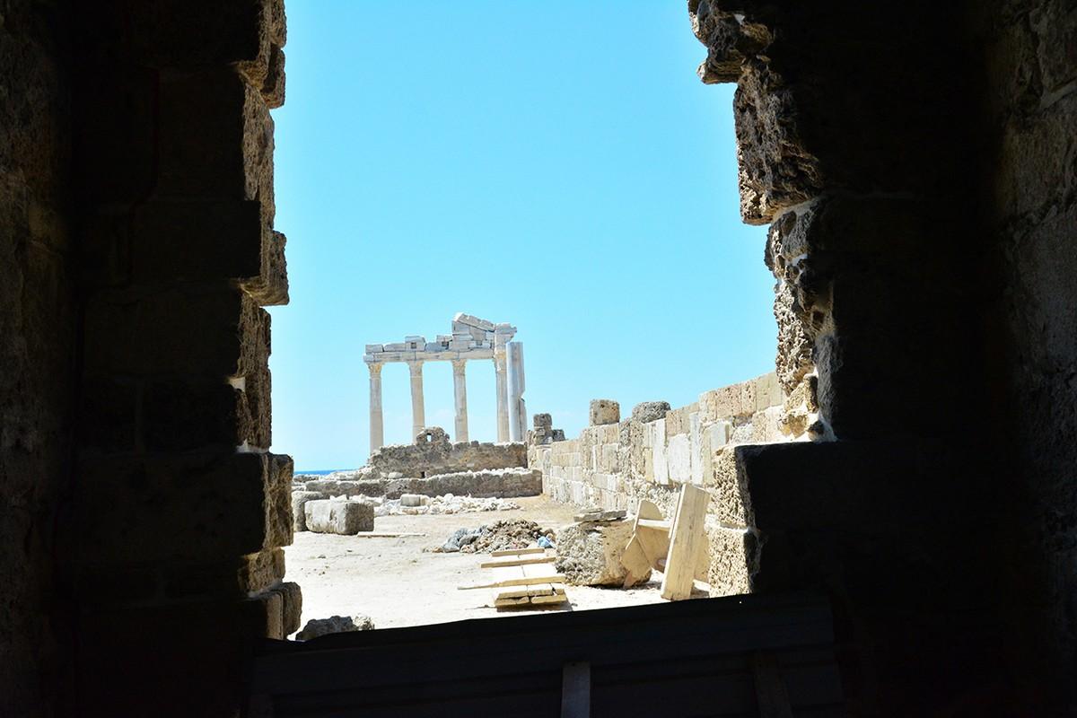 Apollon Tapınağı Side