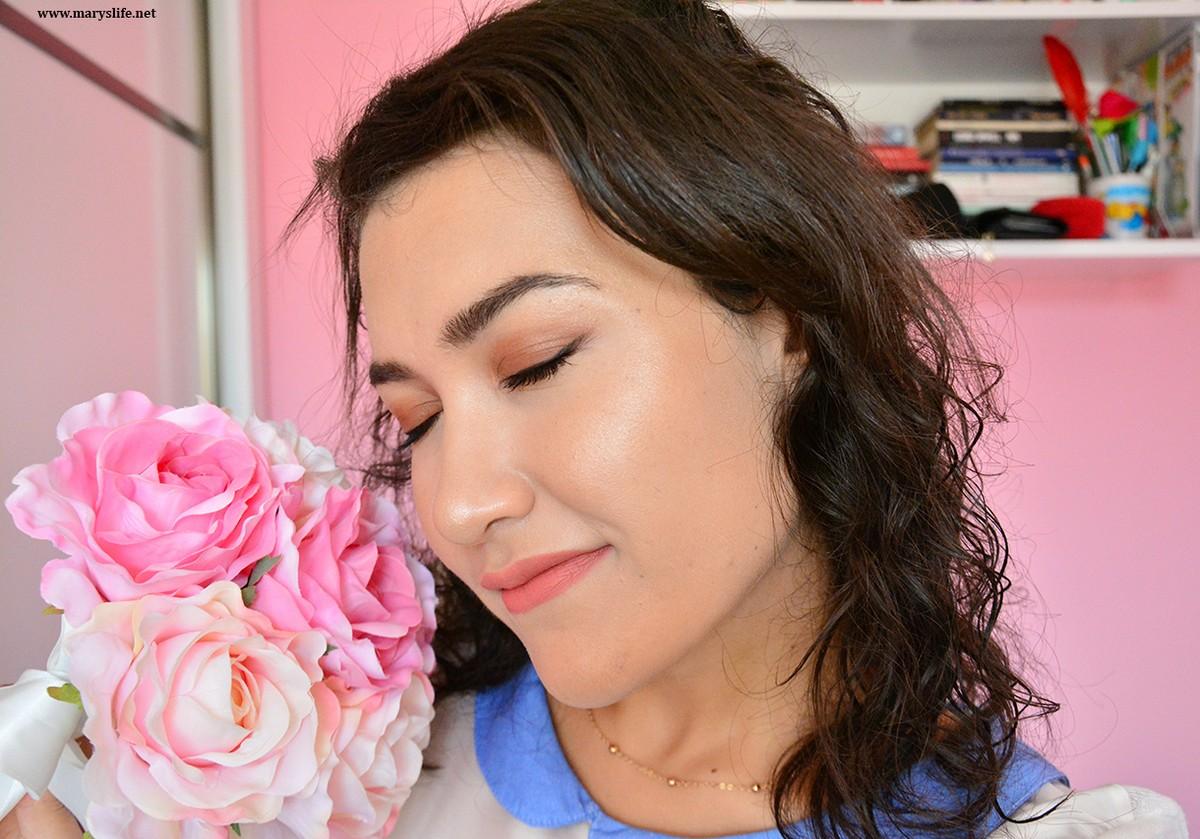 Golden Rose Dream Eyes Eyeliner 401 Uygulanışı