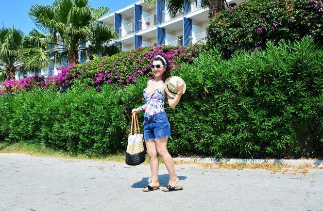 Yazlık Plaj Kombinleri