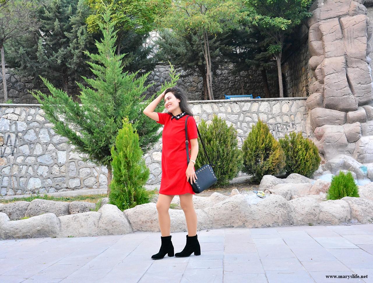 Bebe Yaka Kırmızı Elbise Modelleri