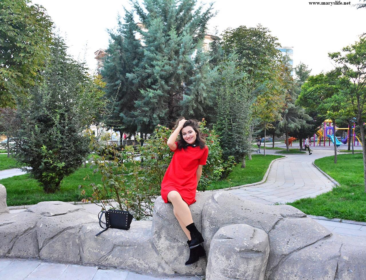 Günlük Kırmızı Elbise Modelleri