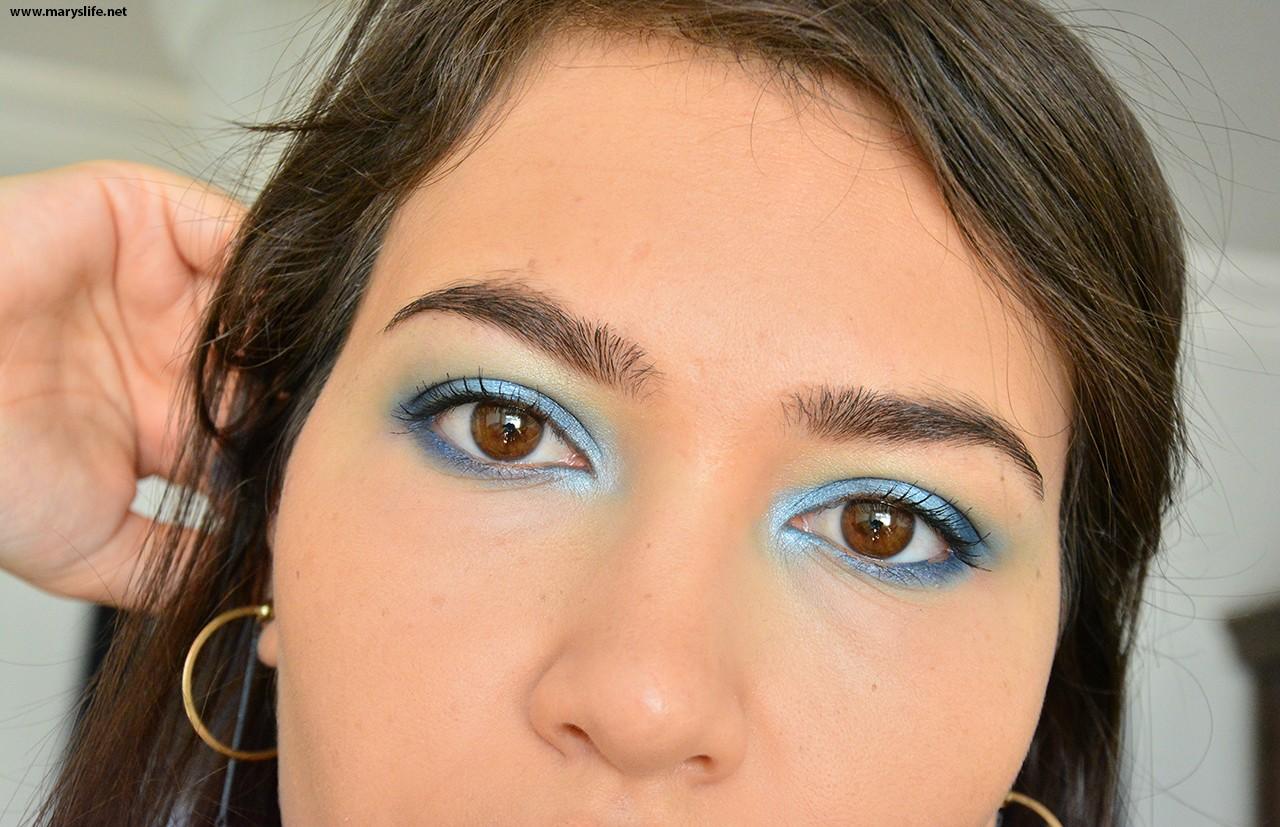 Mavi Tonlarda Göz Makyajı Nasıl Yapılır?