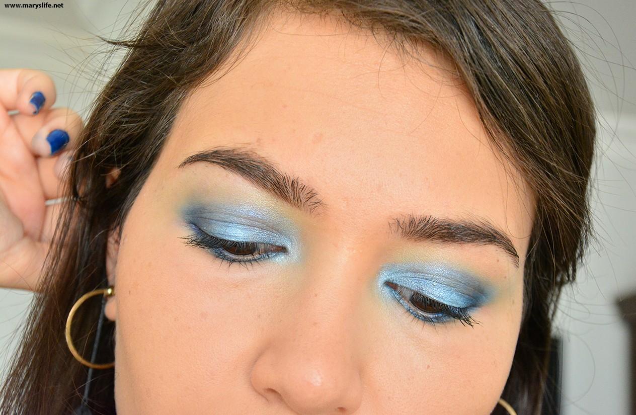 Mavi Tonlarda Gölgeli Göz Makyajı Örnekleri