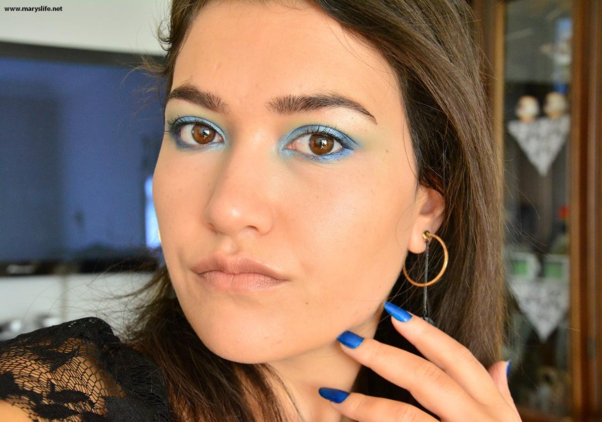 Renkli Göz Makyajı Nasıl Yapılır?
