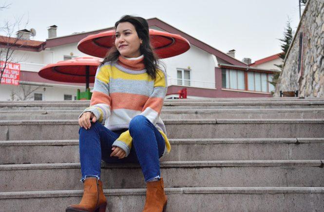 Renkli Çizgili Kazak Kombinleri