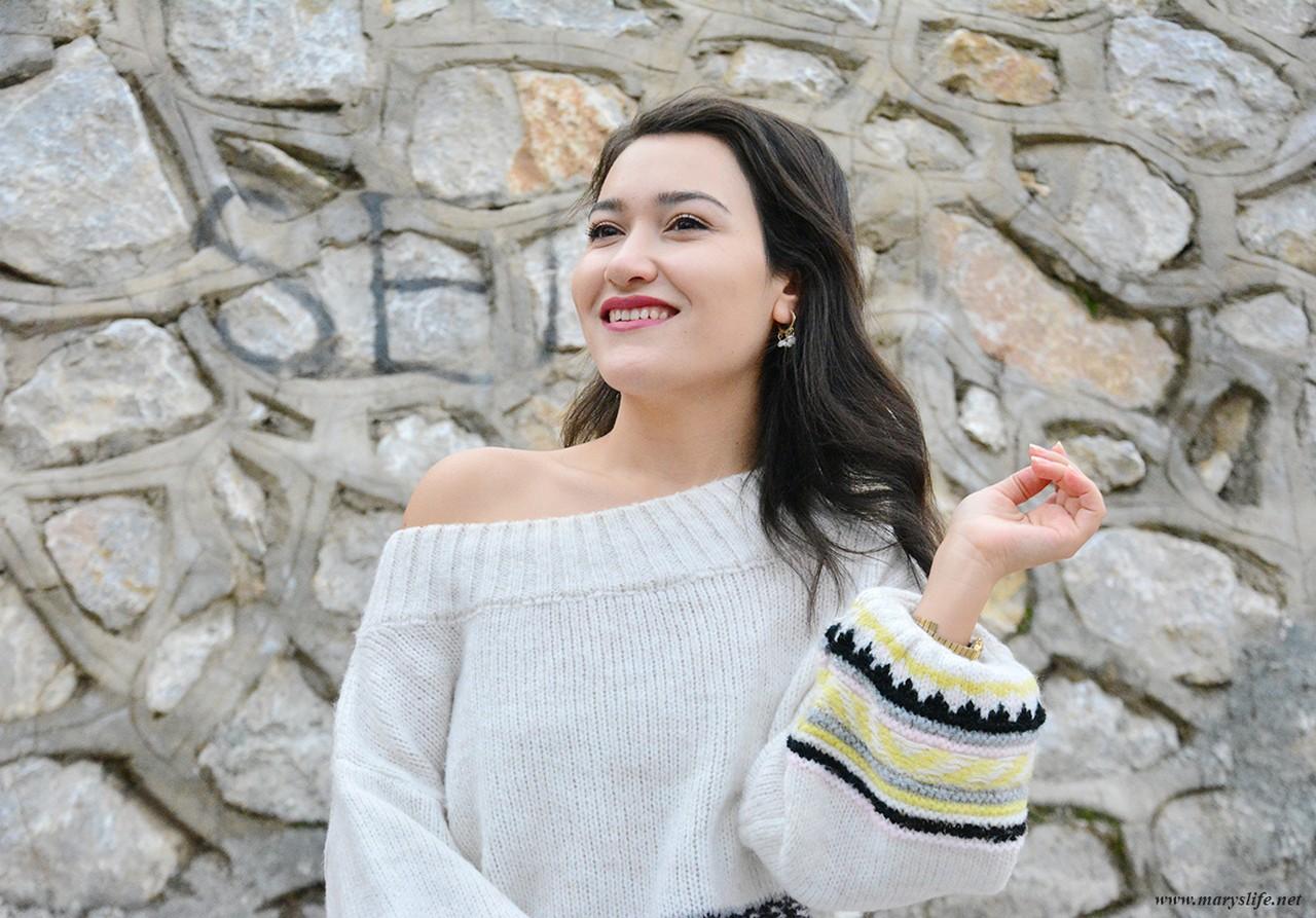 Beyaz Düşük Omuz Kazak Modelleri