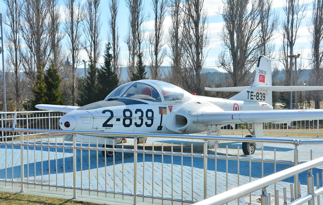 Sazova Parkı Uçak