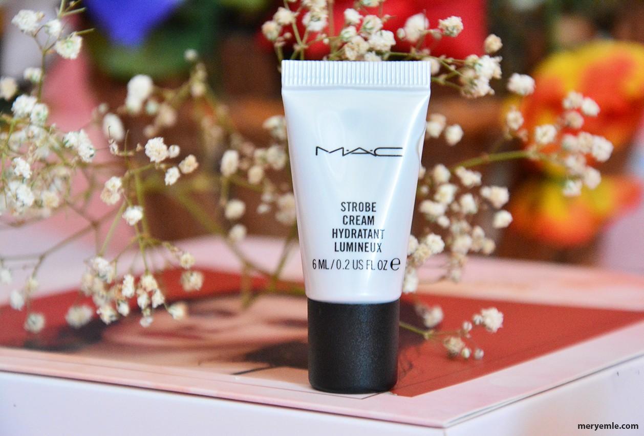 Mac Strobe Cream Hydratant Lumineux Baz
