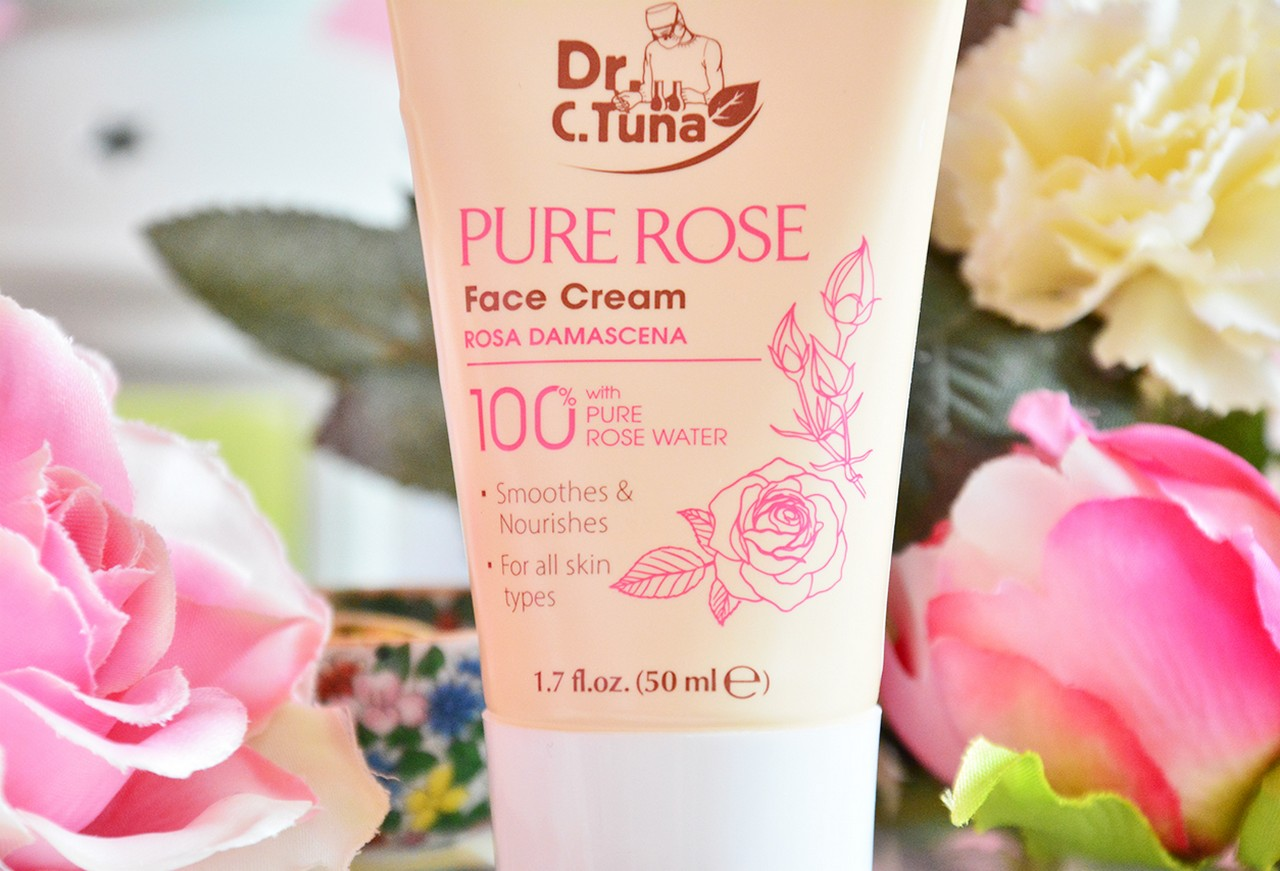 Farmasi Pure Rose Yüz Kremi Nasıl Kullanılır?