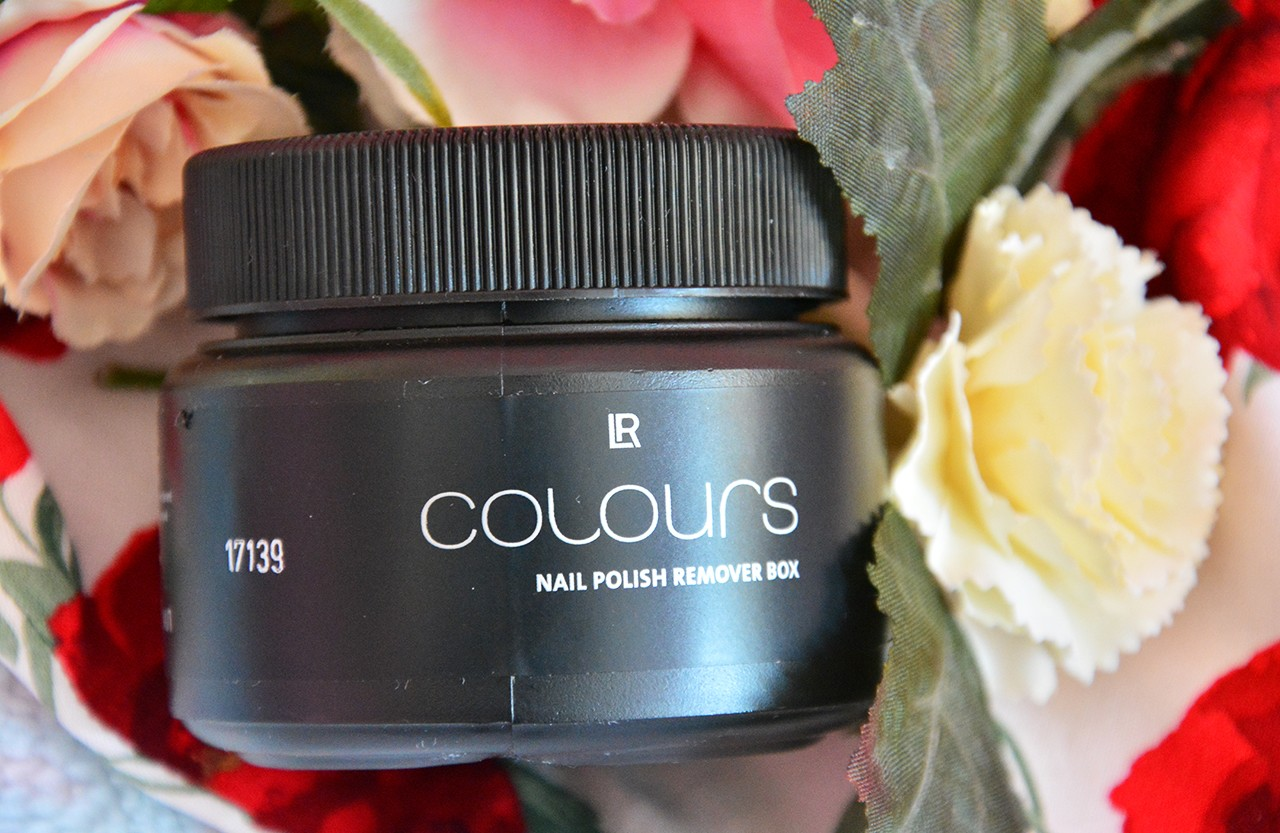 LR Colours Oje Çıkarıcı Kutu Blog