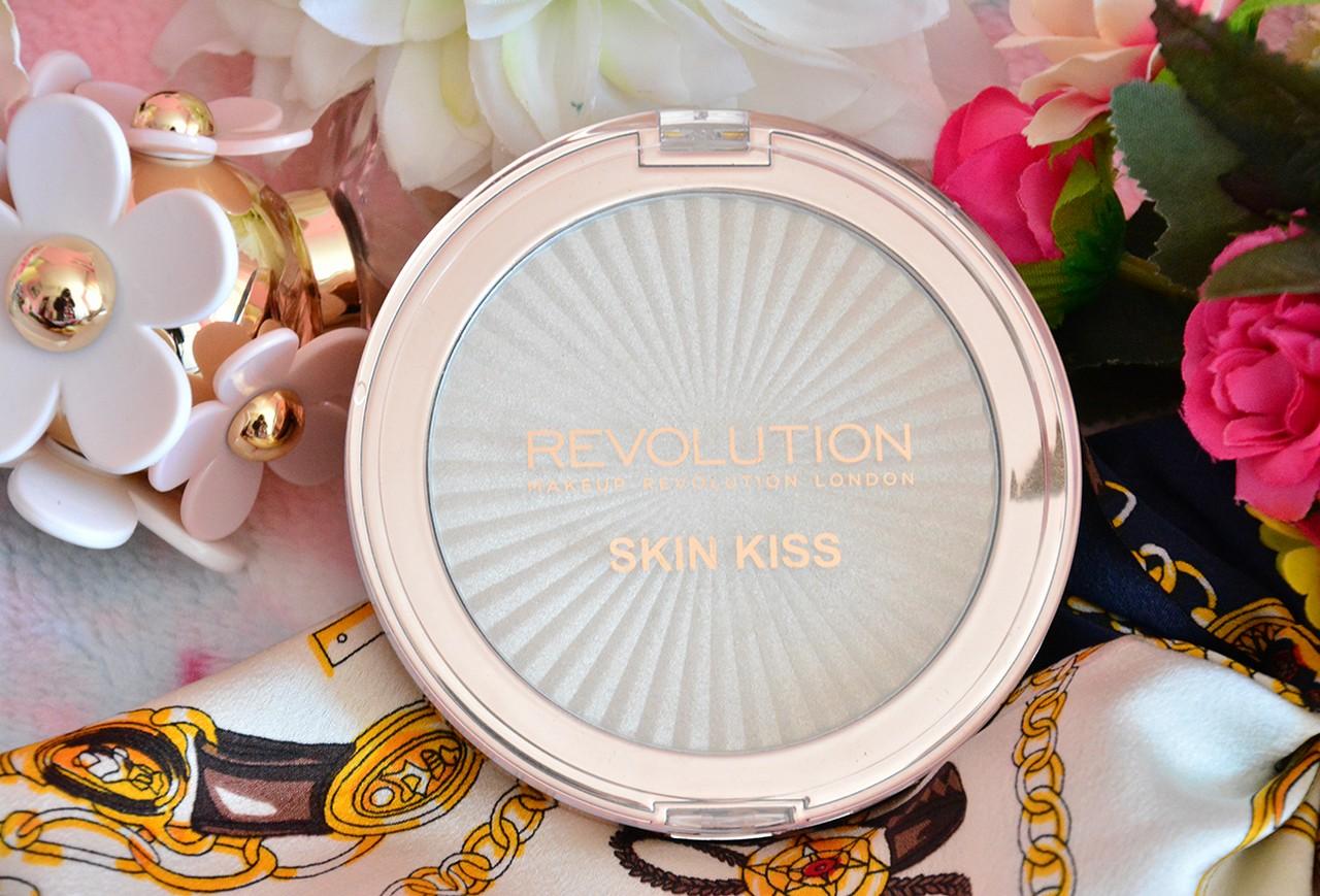 Makeup Revolution Aydınlatıcı Kullananlar