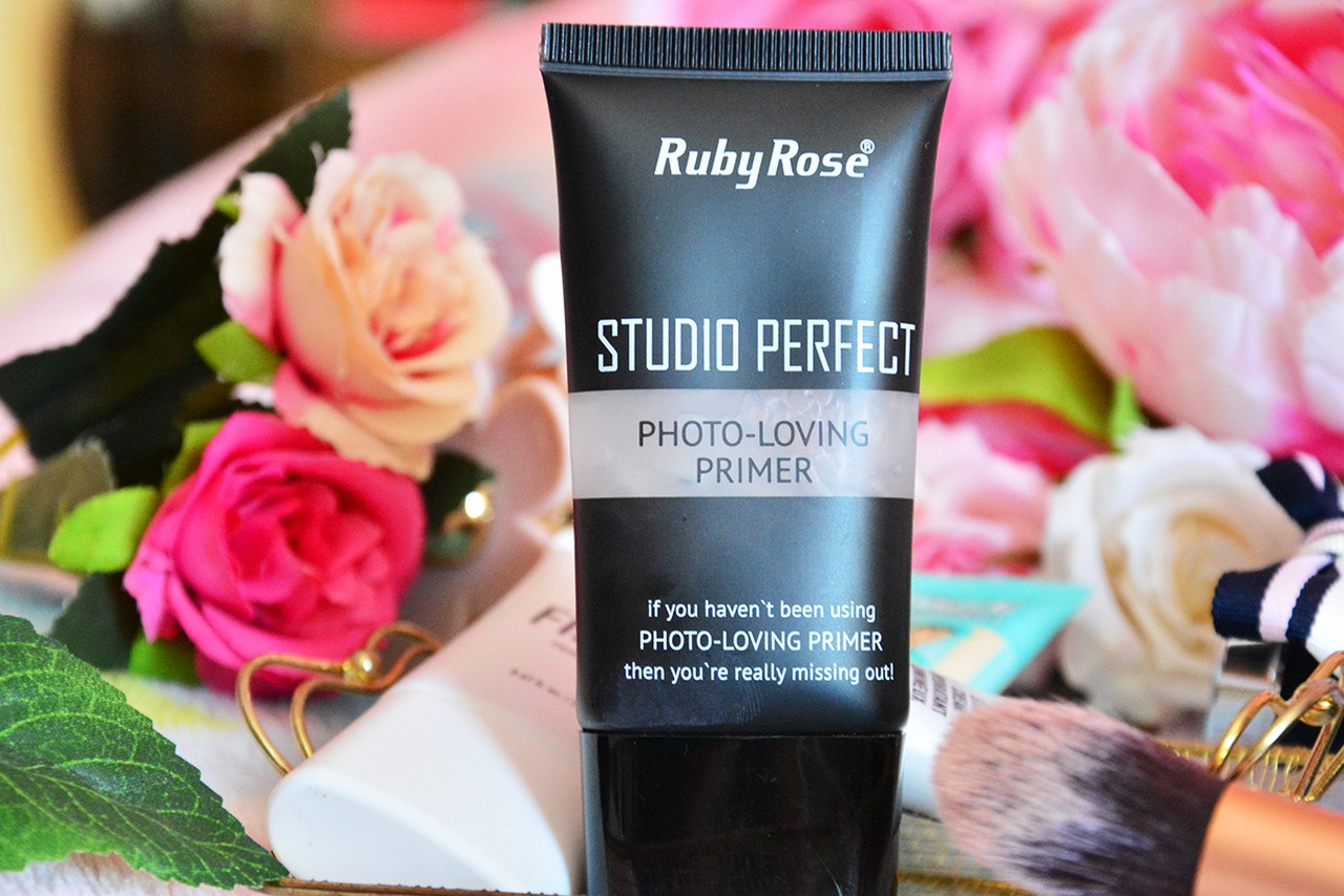 Ruby Rose Studio Perfect Photo-Loving Pimer Makyaj Bazı Kullananlar