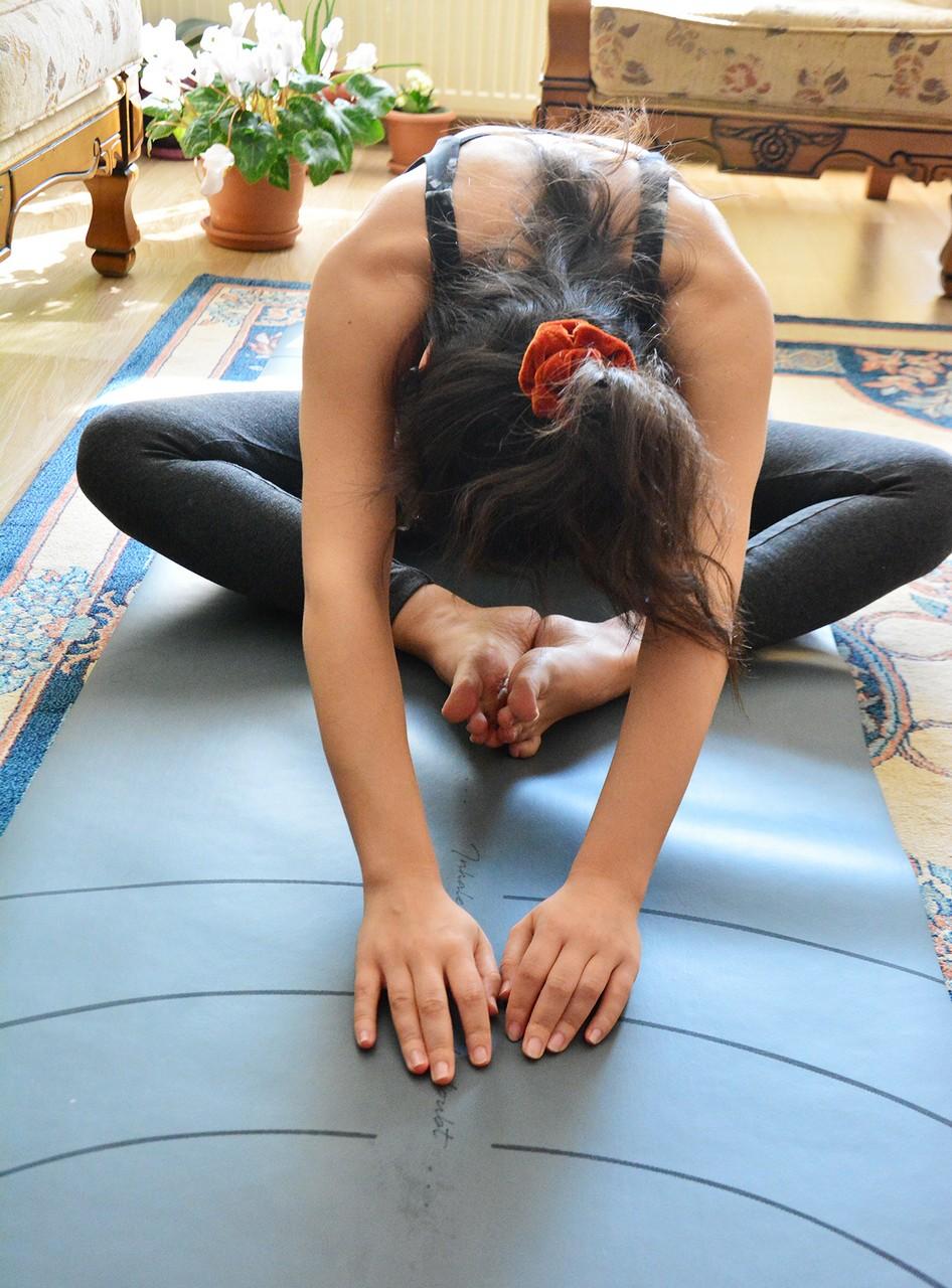 Evde Yoga Yapmanın Faydaları