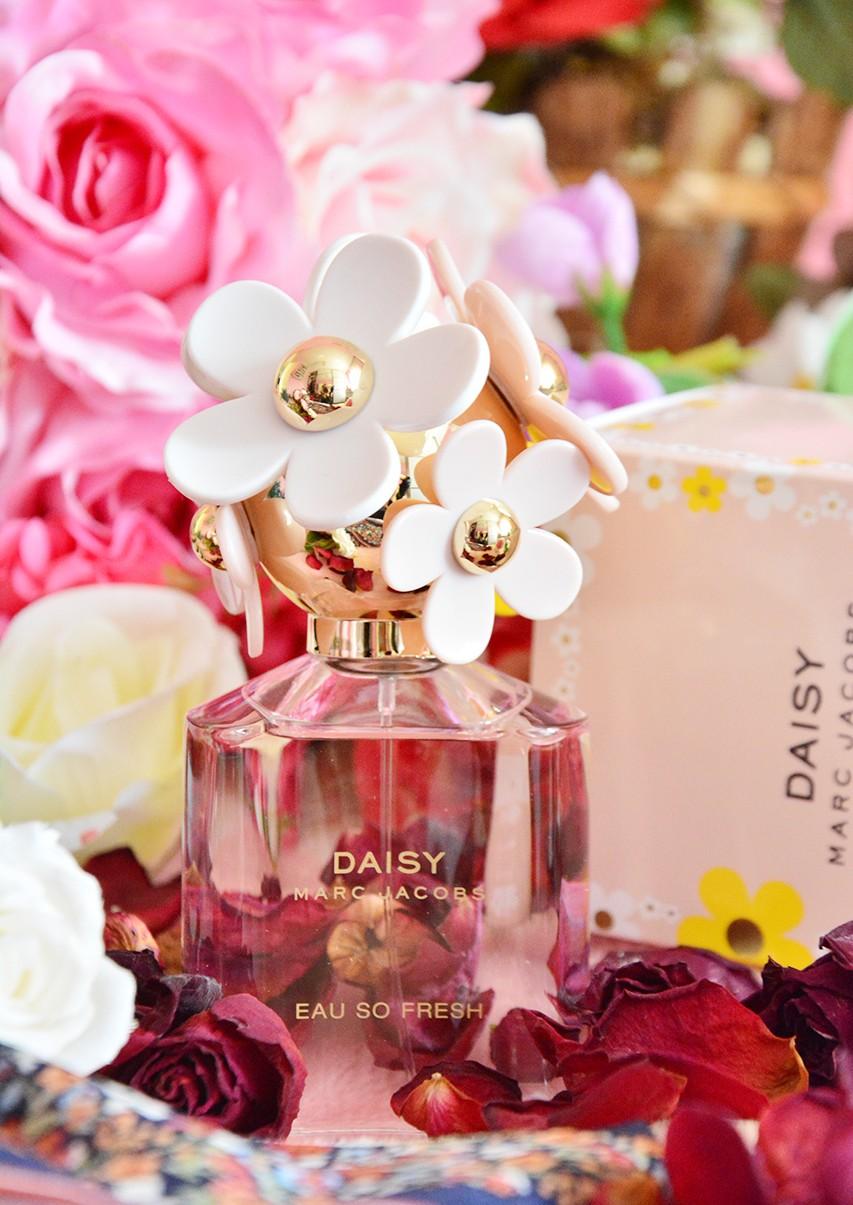 Ferah Kokulu Bayan Parfümleri