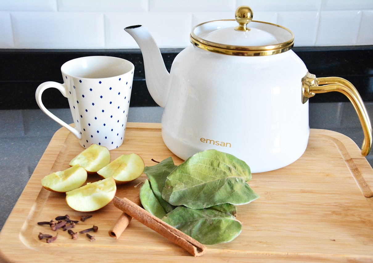 Kış Aylarında İçilmesi Gereken Bitki Çayları