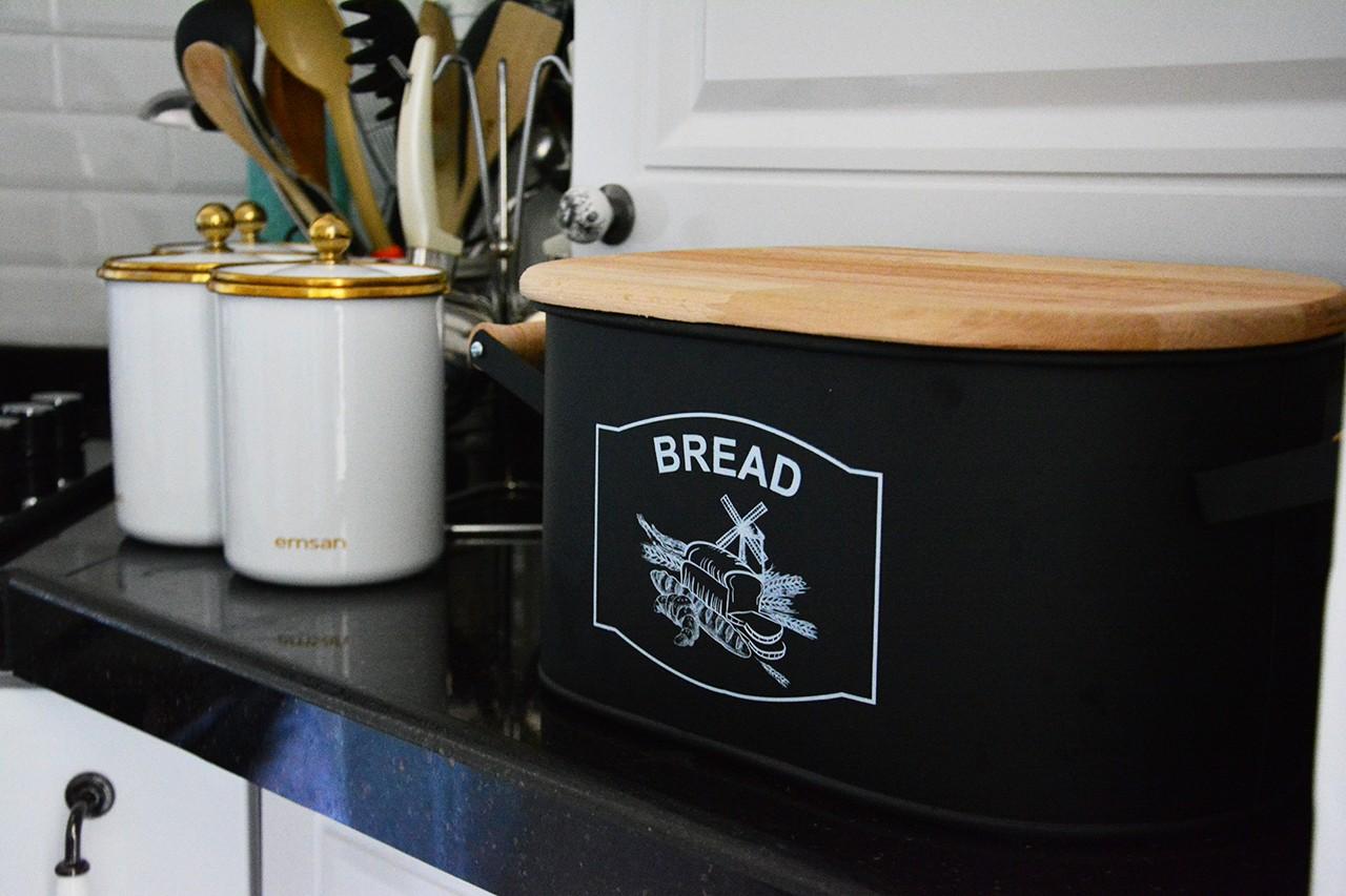 Mutfakta Siyah Tezgah Kullananlar