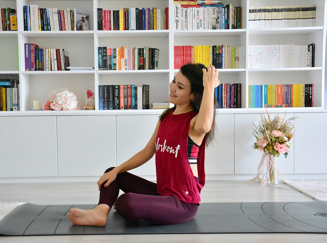 Yoga Kıyafetleri Kadın