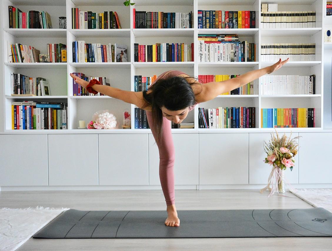 Yogada Üçüncü Savaşçı